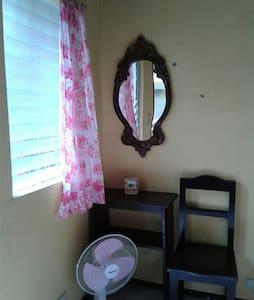 Room November 3 air-con