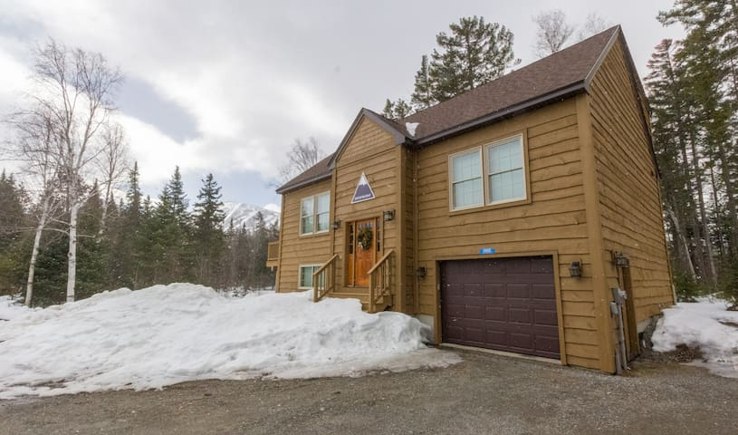 New Home On Sugarloaf Shuttle Route - Carrabassett Valley - Hus