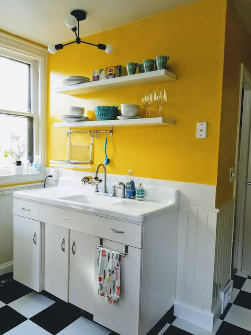 Super cute vintage details! Enjoy cooking a meal in your 1950's kitchen.