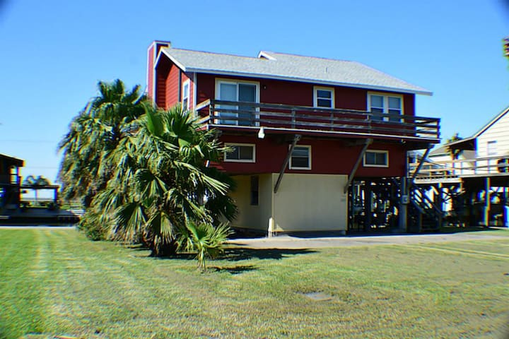 Your Island Getaway-3 Bedroom/2bath Close to beach - Freeport - Holiday home