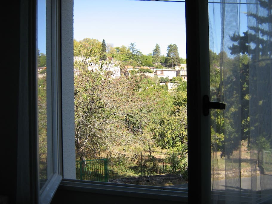 vue de la fenêtre du séjour