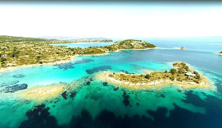 Olive (Elia) the Private Island