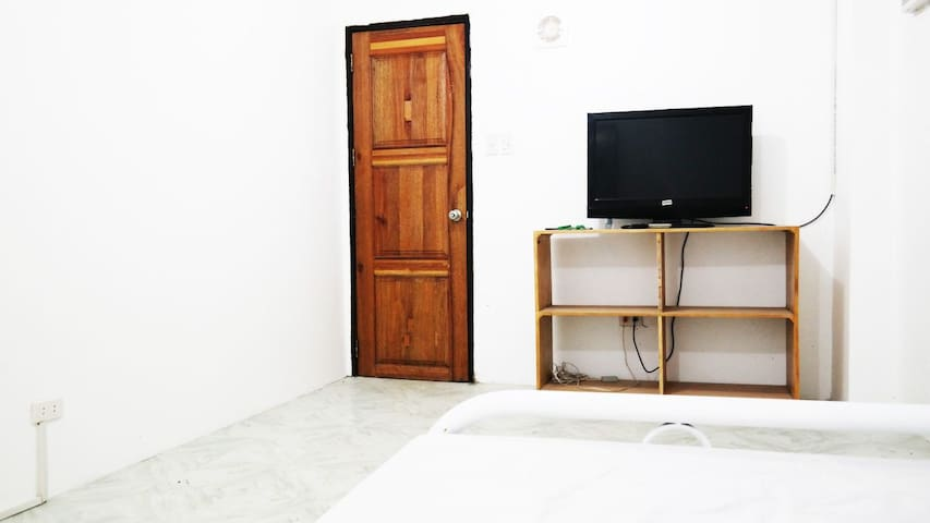 1 bedroom suite fully furnished - Malay