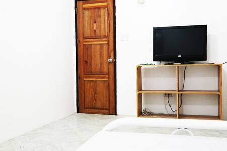 1 bedroom suite fully furnished - Malay - Haus