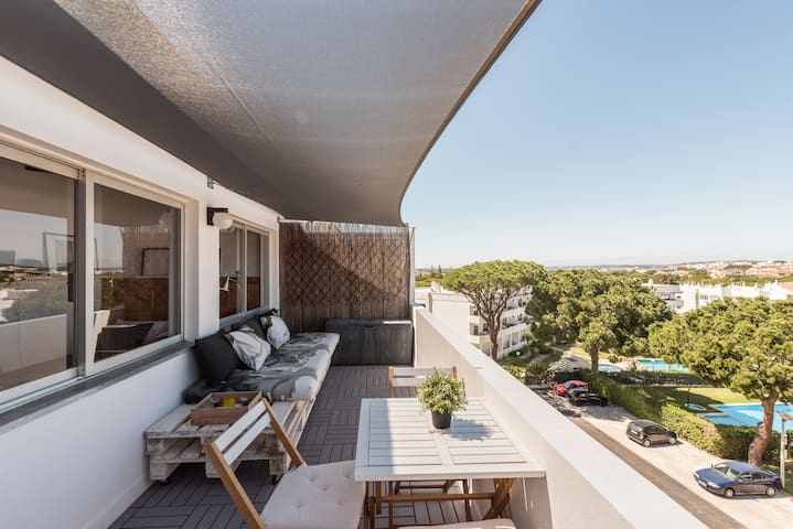 Beautiful Rooftop Apartment in Vilamoura, Algarve