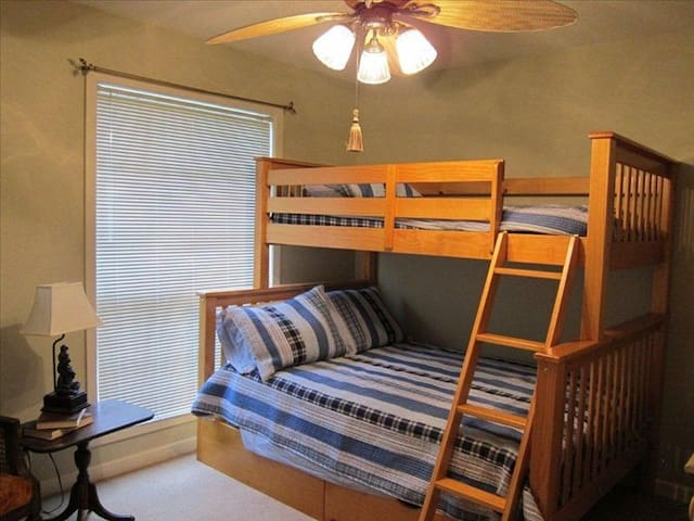 Upper level bunk bed