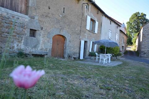 Petite maison à la campagne entre Aubrac&Margeride
