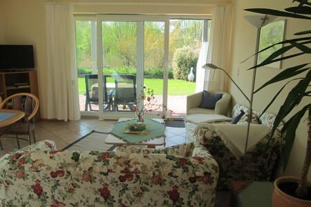 Achtern Diek für Geniesser - Schönberg - Apartament