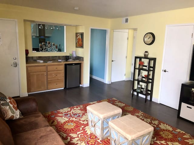 Cayucos Guest House (Entire Lower Level)