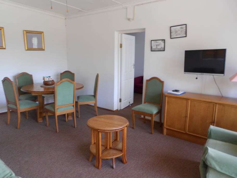 Lounge combined diningroom