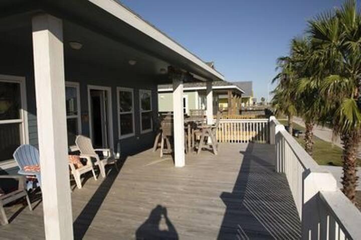 Beach house w a view
