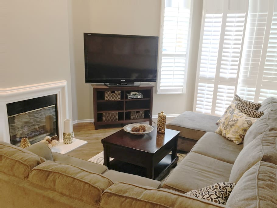 Living room with extra high ceilings, TV with Cable and X-Box
