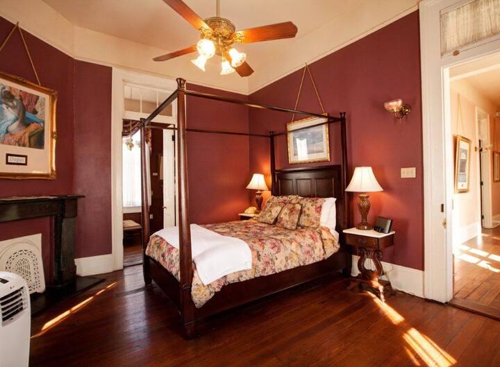 Degas House! Desiree Room -  on Esplanade Ave