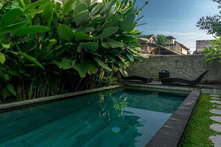 EKA BALI GUEST HOUSE UBUD with Pool
