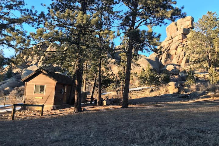 Twin Rock Bunkhouse, Tiny house, Dog friendly