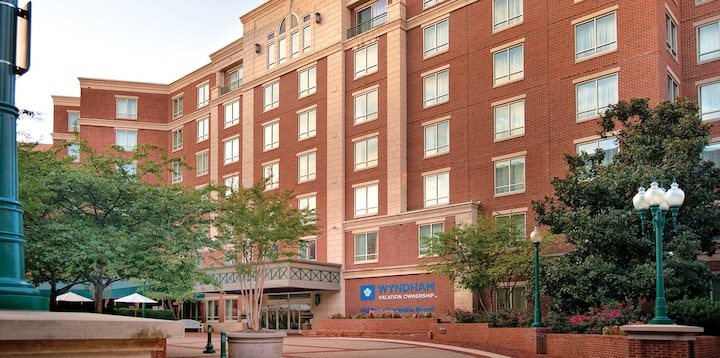 Wyndham Old Town Alexandria * 2BR Deluxe