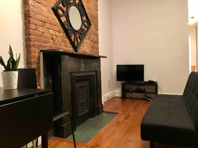 Large Studio Apartment in Historic Brownstone