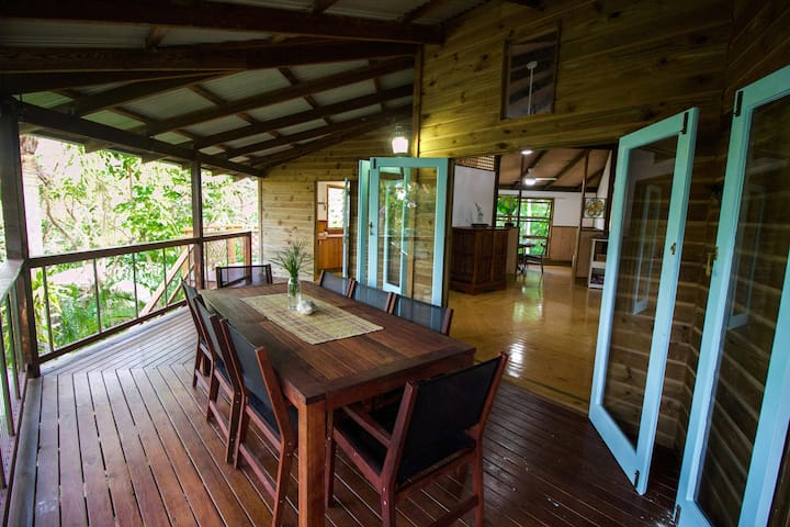 Treehouse At Straddie