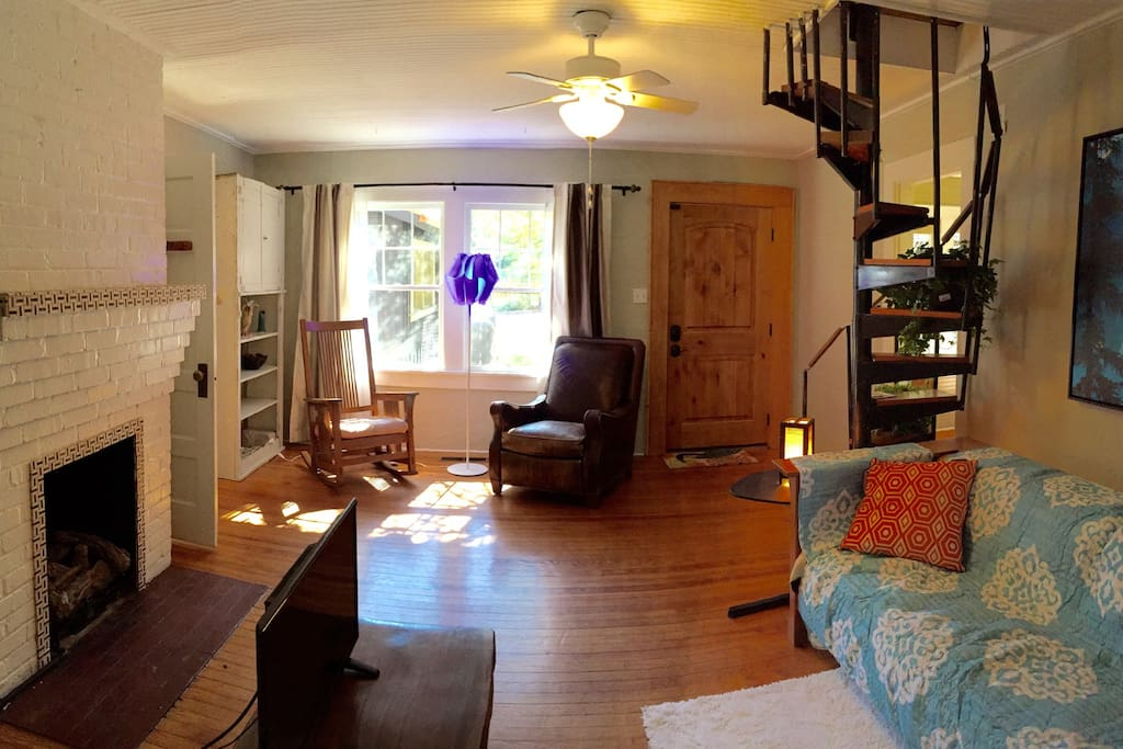 Walking distance to downtown guesthouses for rent in - 2 bedroom suites in asheville nc ...