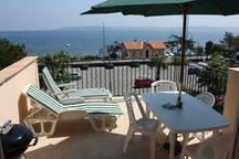 de la terrasse, vue mer et St Tropez