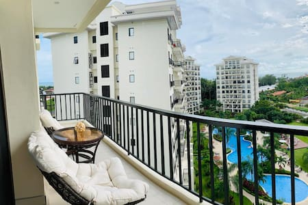 *Pool Open* 3 Room Condo in Jaco!