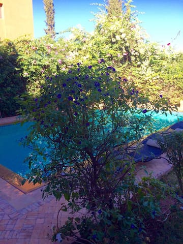 PRIVATE 4 BED VILLA WITH POOL ON GOLF WITH STAFF - Marrakesh - Casa