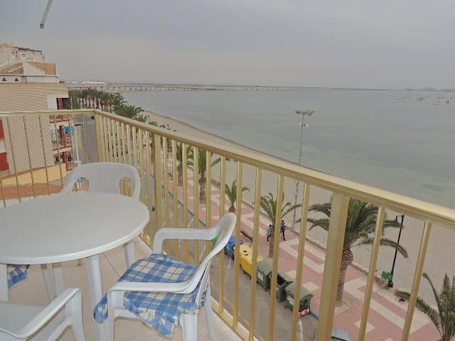 2 bed+garage beach front apartment - Los Cuarteros - Appartement