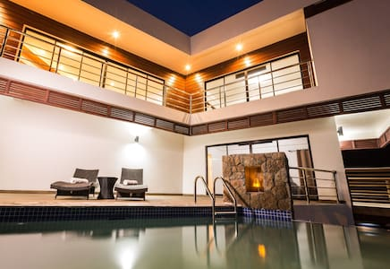 ★Sargas Villa★New! $1M Piton & Ocean Views!! Woww!