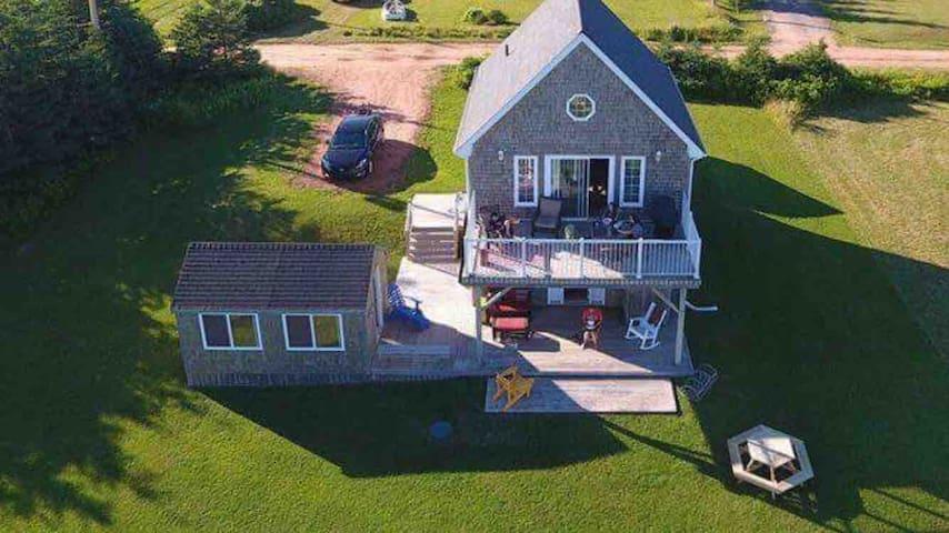 Seven  Sundays, Oceanview Cottage