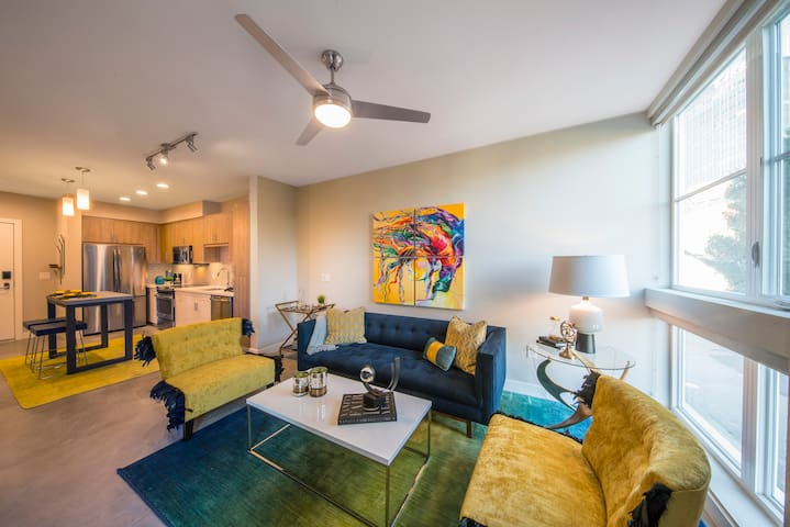 A place of your own | 2BR in Los Angeles