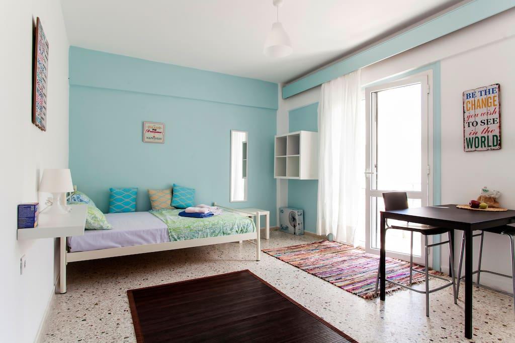 studio near city center wohnungen zur miete in iraklio griechenland. Black Bedroom Furniture Sets. Home Design Ideas