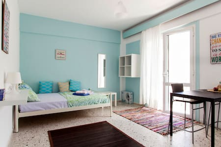Studio 2.10 near city center - Iraklio - Apartemen