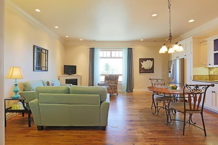 Roomy Single Bedroom Apartment