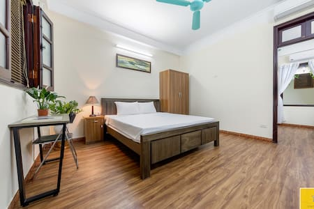 Quynh's House (2 beds + 1 bath) with Netflix TV