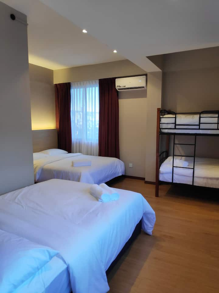 EZ Suites - Family Room in the heart of Gadong