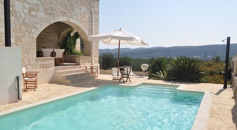 Private pool★Stone villa★BBQ & WIfi★Quiet & Nature