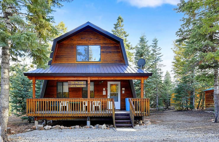 The Pit Stop - Private cabin - Duck Creek Village