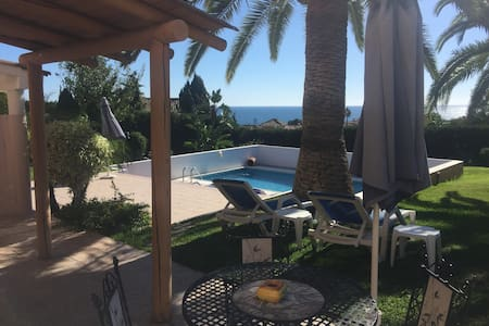 Great 2 bed in large villa Estepona - Estepona