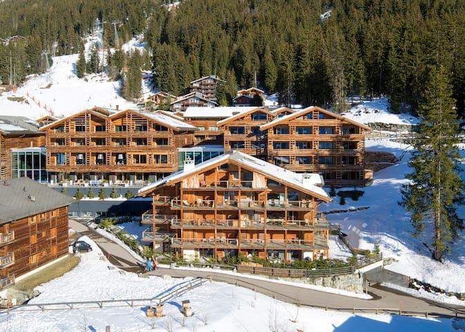 Luxury Ski in/Ski Out Chalet. Medran - Verbier