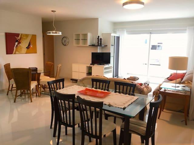 Beautiful apartment with 3 Bedroom - Florianópolis - Pis