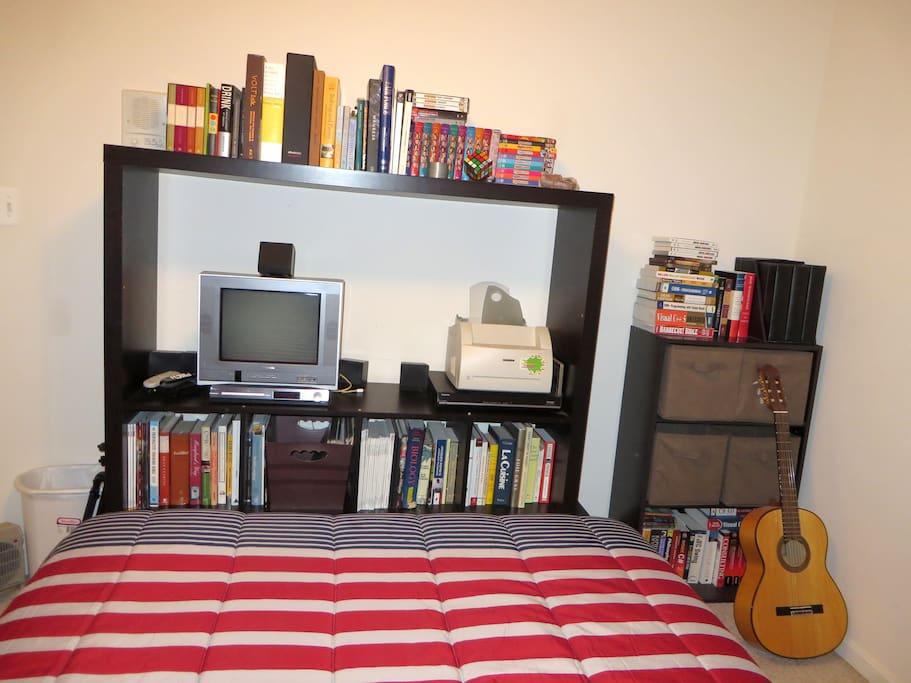 The Bedroom - TV / DVD Player, DVDs and Plenty of books!