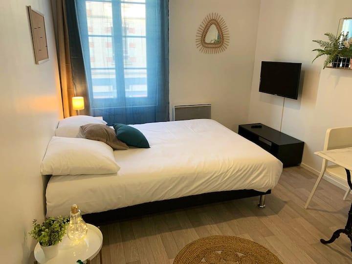 Studio «Azur» cosy au cœur de Caen R19