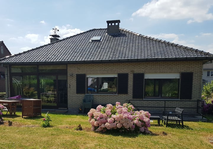 Wonderful full villa with garden close to Brussels