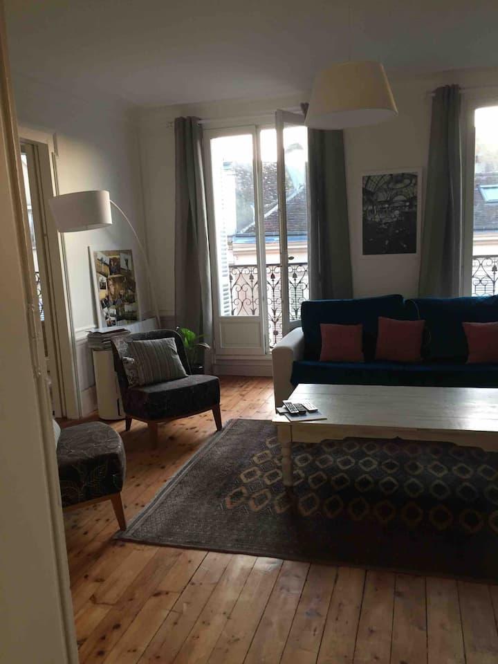 Appartement plein centre 85 m² 250 m Cathédrale