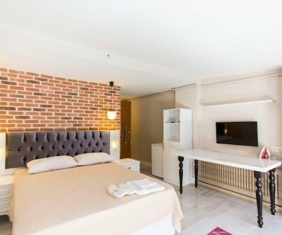 ŞİŞLİ MERKEZDE 1+0 STÜDYO DAİRE - İstanbul - Apartment