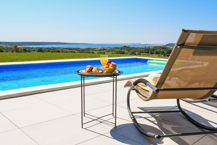 Villa Matak-heated pool with spectacular see view