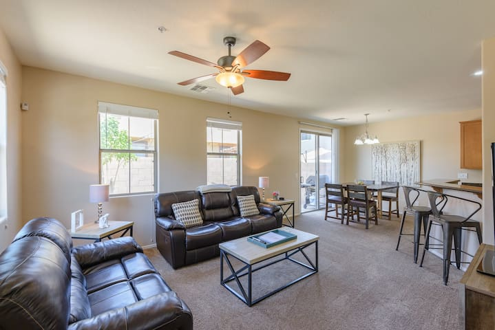 Quiet home for family, golf & outdoor enthusiasts
