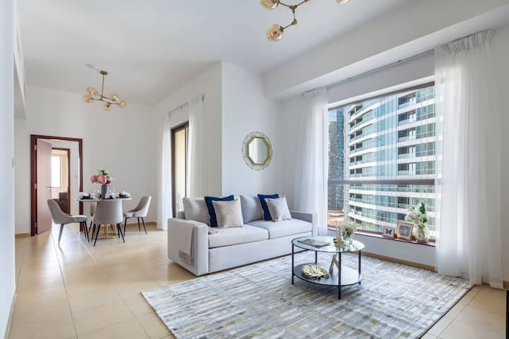 1BR Spacious Modern Living in the Heart of JBR!