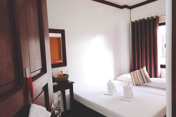 Cozy Double Room near Baler Church