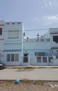 Très beau duplex au bord de la mers - Marsa Ben M'Hidi - Haus